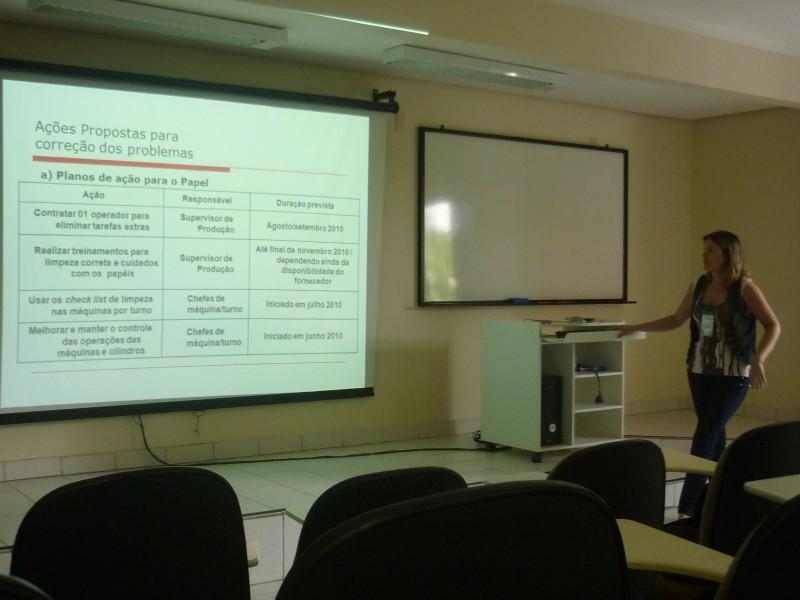 Apresentação de Carolina Klein no SIMPEP