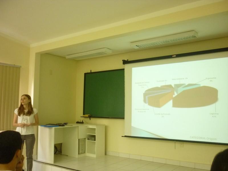 Apresentação de Heloisa Weber no SIMPEP
